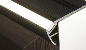 Perfiles para escaleras de aluminio