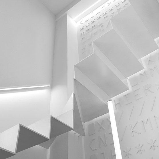Projetos à medida  com perfis de aluminio e fitas LED