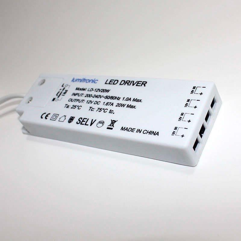 Fuente de alimentación DC12V/15W/1,25A, 4 salidas