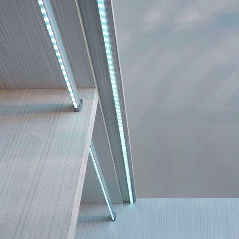 Locker kit barra con luz led de 55cm para armarios ledbox - Iluminacion interior armarios ...