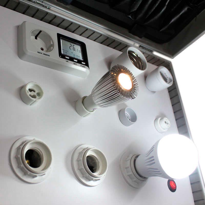 Demo Case for LED bulbs (SEROV)
